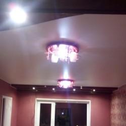 Акция! Закажи натяжные потолки на всю квартиру - получи в подарок........